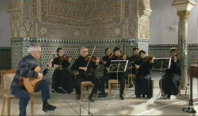 John Williams plays Antonio Vivaldi's Concierto en D-mayor (featured)