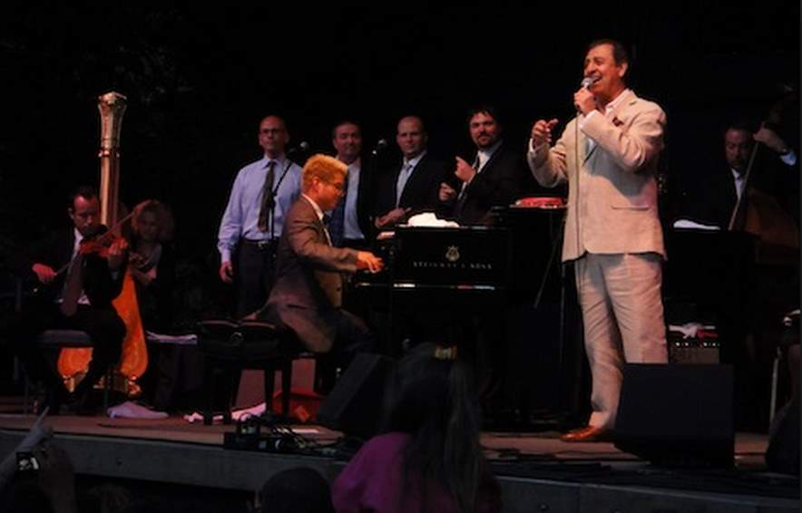 Emilio Delgado with Pink Martini at the Oregon Zoo, August 27, 2010
