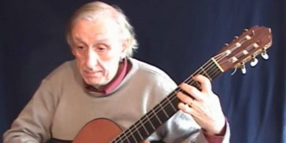 Francisco Tárrega's Lágrima – played by César Amaro
