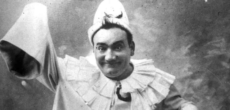 Enrico Caruso, in the lead role in Leoncavallo's opera Pagliacci (Clowns). (1910) - featured