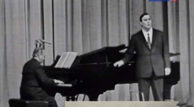 Young Pavarotti sings La Donna è Mobile in Moscow, 1964
