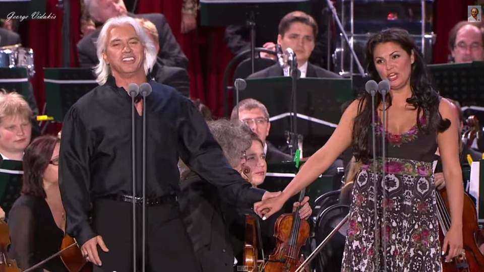 Anna Netrebko and Dmitri-Hvorostovsky sings Moscow Nights