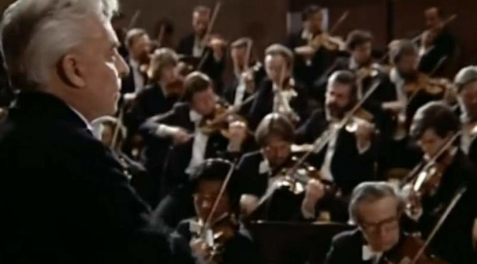 Berlin Philharmonic Orchestra play Beethoven's Symphony No. 1