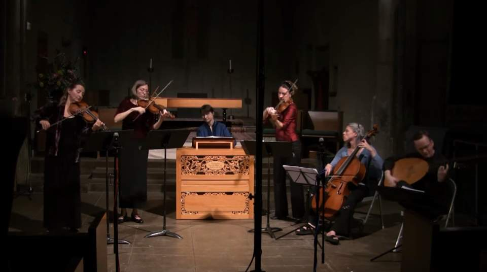Voice of Music play Pachelbel's Canon