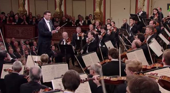 Vienna Philharmonic Orchestra - Beethoven's Symphony No. 7 in A major, Op. 92