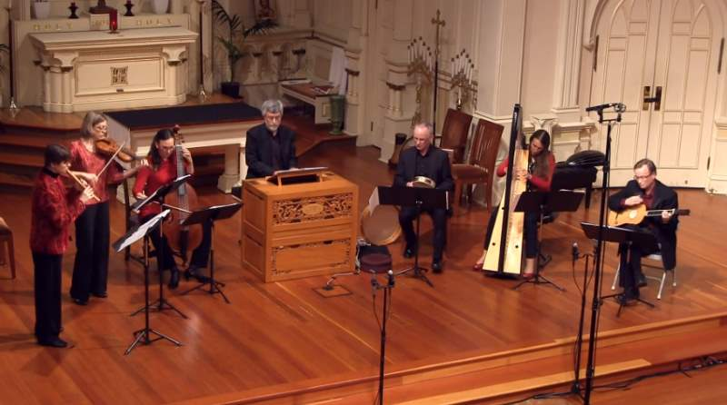 Voices of Music plays Andrea Falconieri's Folias (La Folia)