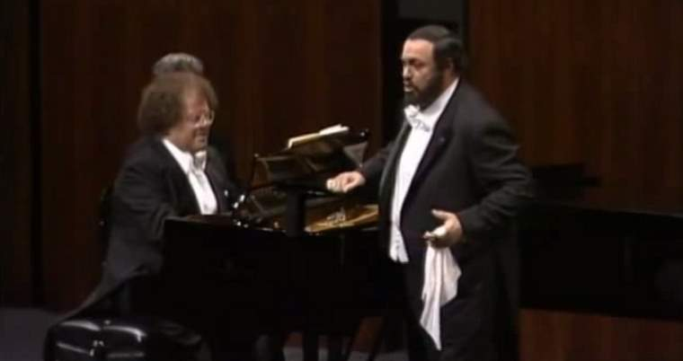 Luciano Pavarotti and James Levine (1988)