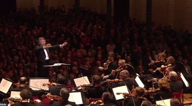 Mahler – Symphony No. 2 (Royal Concertgebouw Orchestra conducted by Mariss Jansons)