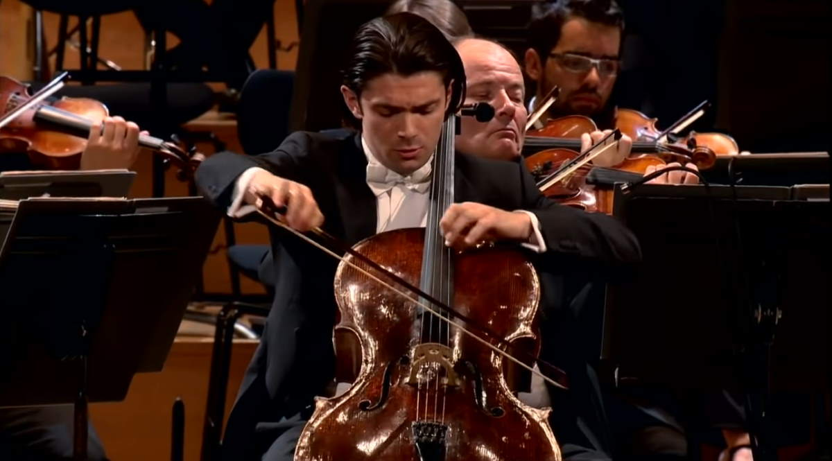 Capuçon plays Antonín Dvořák's Cello Concerto