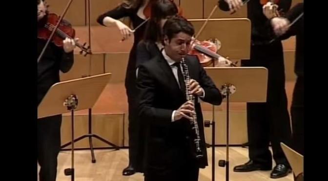 """Lucas Macías plays Johann Sebastian Bach's """"Oboe d'amore Concerto in A Major"""", BWV 1055"""