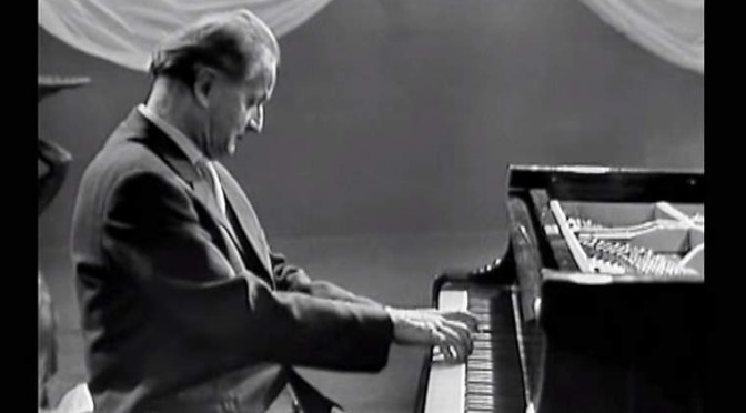 Wilhelm Kempff plays Schumann. Arabeske in C major, Op. 18