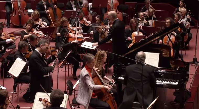 hr-Sinfonieorchester plays Beethoven's Triple Concerto