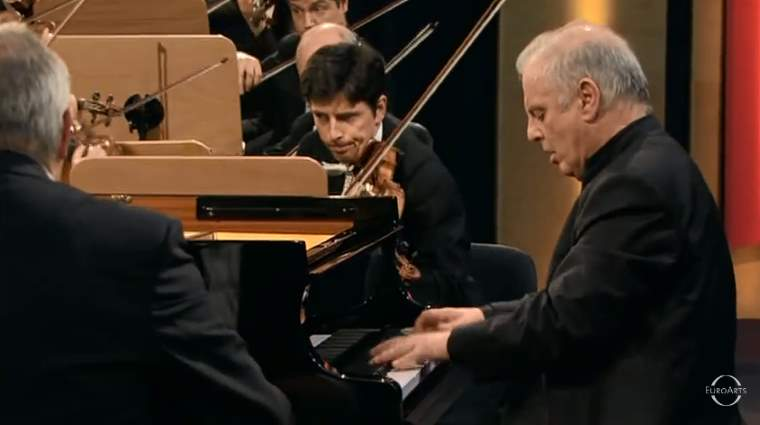 Barenboim plays Beethoven's Piano Concertos 1-5