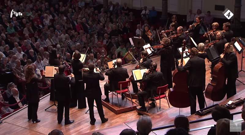 Kammerorchester Basel plays Tchaikovsky's Serenade for Strings