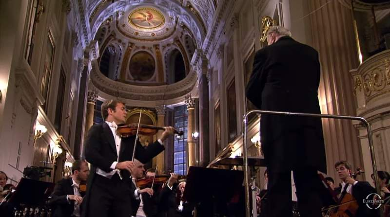 Renaud Capuçon performs Beethoven's Romance for Violin and Orchestra No. 2