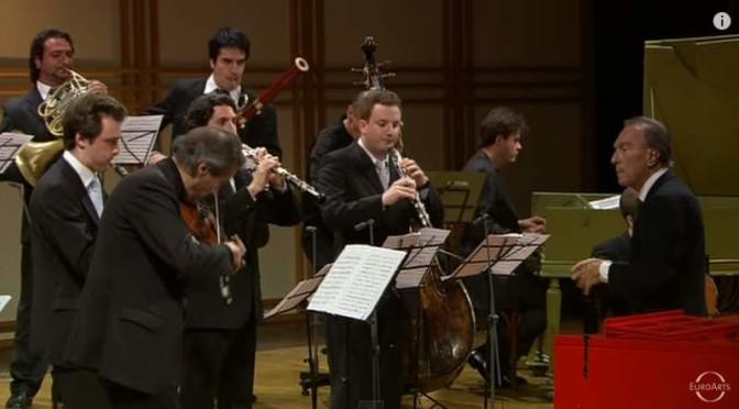 Bach – Brandenburg Concertos (Abbado conducts Orchestra Mozart)
