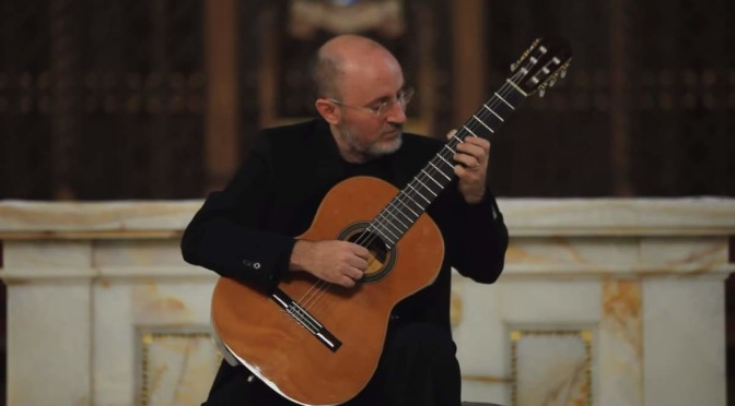 Michael Lucarelli plays Ave Maria (Schubert)