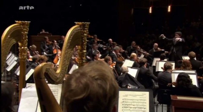Strauss – Also sprach Zarathustra (Vienna Philharmonic conducted by Gustavo Dudamel)
