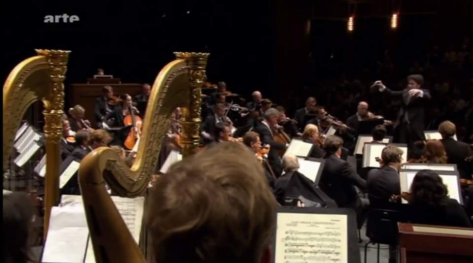 "Wiener Philharmoniker plays Richard Strauss' ""Also sprach Zarathustra"""