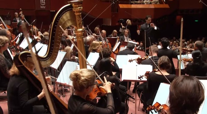 The hr-Sinfonieorchester plays Gustav Mahler's Symphony No. 1