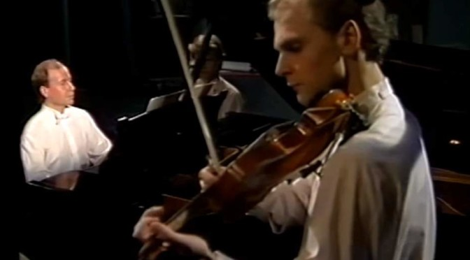 Dan Almgren and Stefan Bojsten play Francis Poulenc's Sonata for violin and piano, FP 119