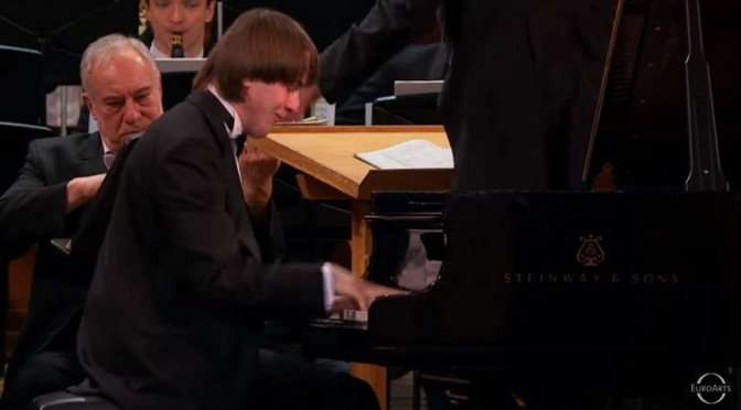 Trifonov performs Prokofiev Piano Concerto No. 1