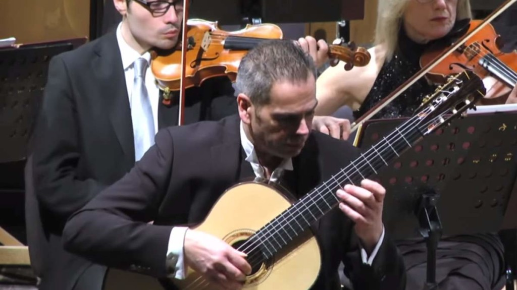 Marco Salcito performs Castelnuovo-Tedesco Guitar Concerto No. 1