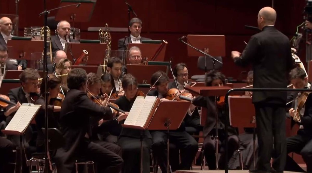 hr-Sinfonieorchester plays Robert Schumann's Overture, Scherzo and Finale