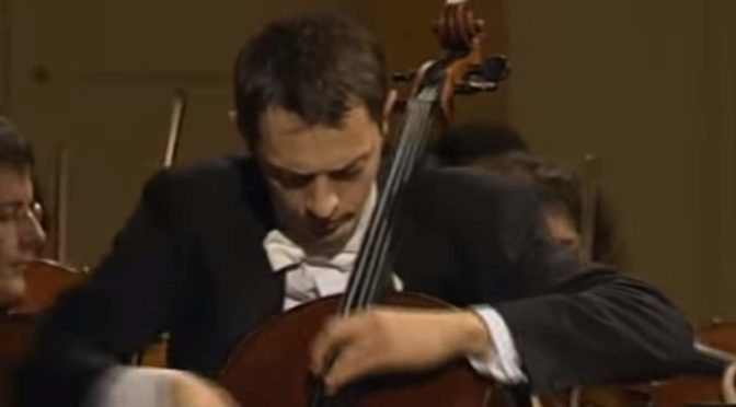Xavier Phillips performs Luigi Boccherini's Cello Concerto No. 9