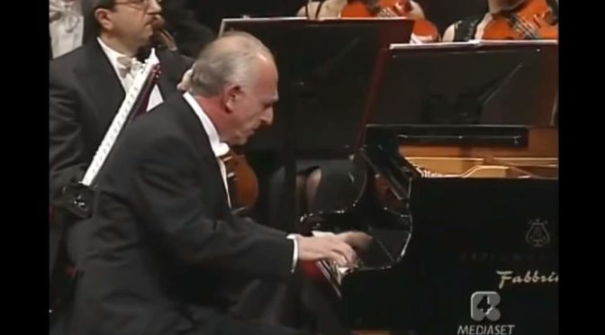 Maurizio Pollini performs Wolfgang Amadeus Mozart's Piano Concerto No. 21