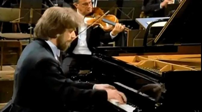Zimerman performs Beethoven Piano Concerto No. 4