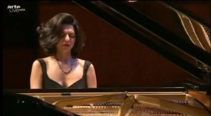 Chopin – Piano Sonata No. 2 (The Funeral March) – Khatia Buniatishvili