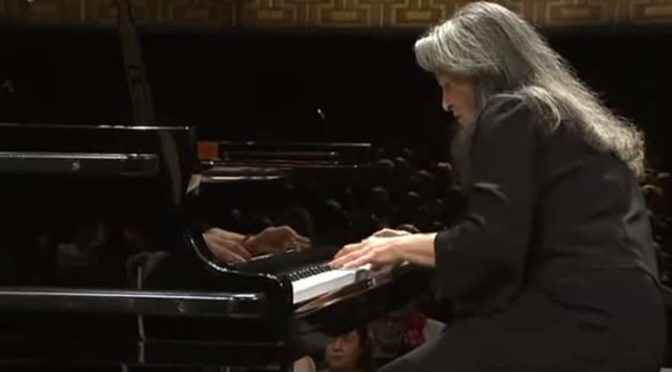 Martha Argerich plays Ravel - Piano Concerto