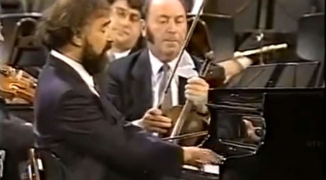 Radu Lupu performs Mozart - Piano Concerto No. 23