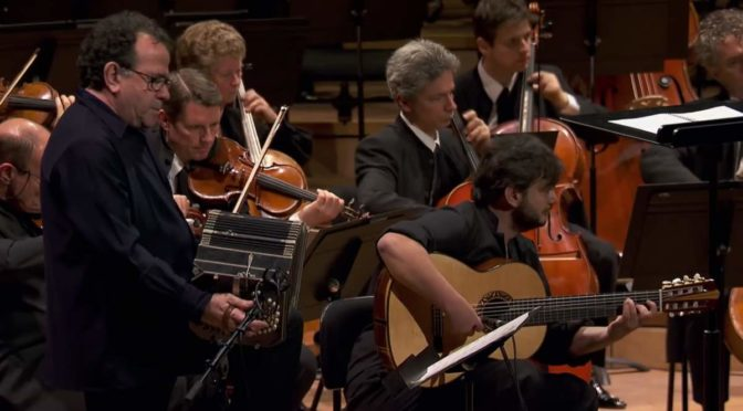 Galliano and Costa - Concerto for Bandoneón, Guitar and String Orchestra (Piazzolla)