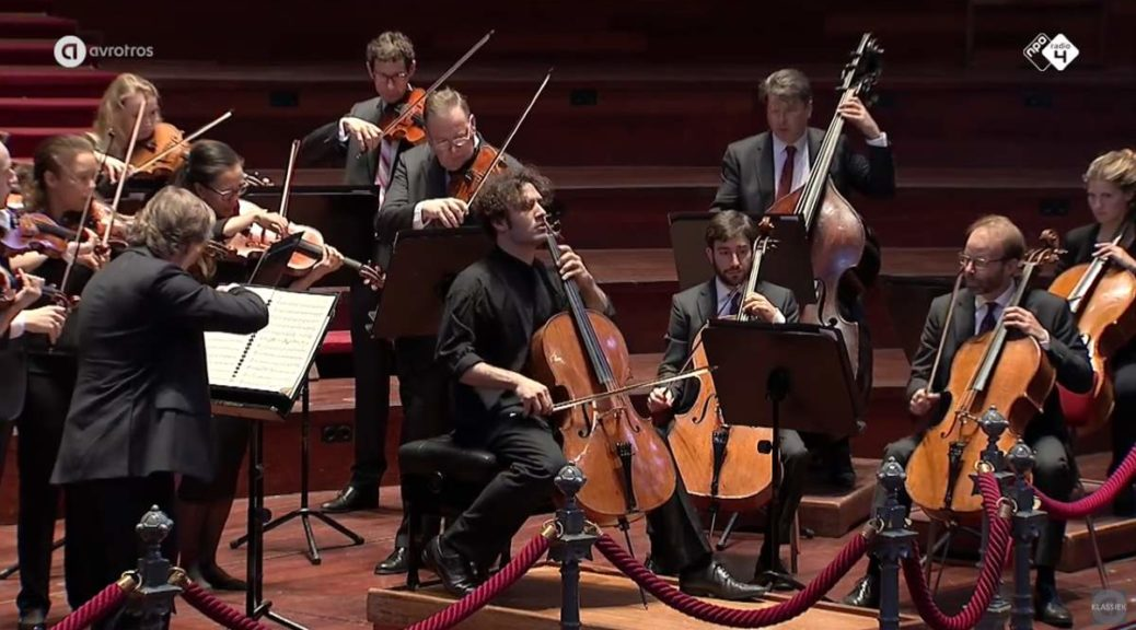 Nicolas Altstaedt performs Schumann Cello Concerto