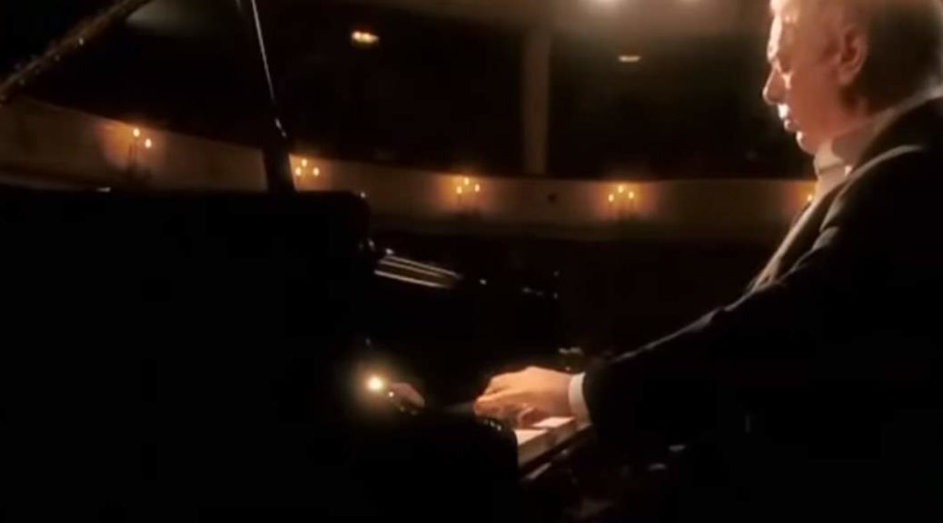 Barenboim plays Beethoven - Piano Sonata No. 2