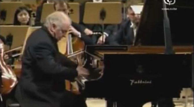 Barenboim plays Chopin - Piano Concerto No. 1