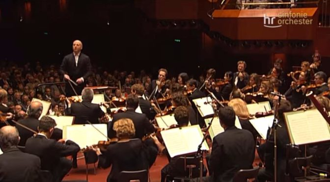 hr-Sinfonieorchester performs Mendelssohn's Symphony No. 4