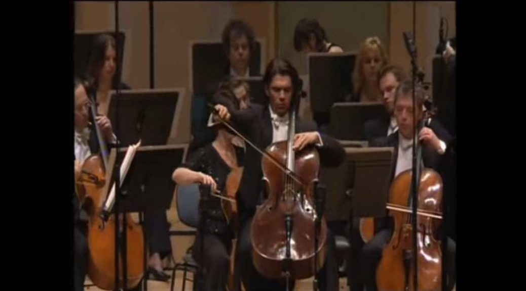 Capuçon performs Robert Schumann's Cello Concerto