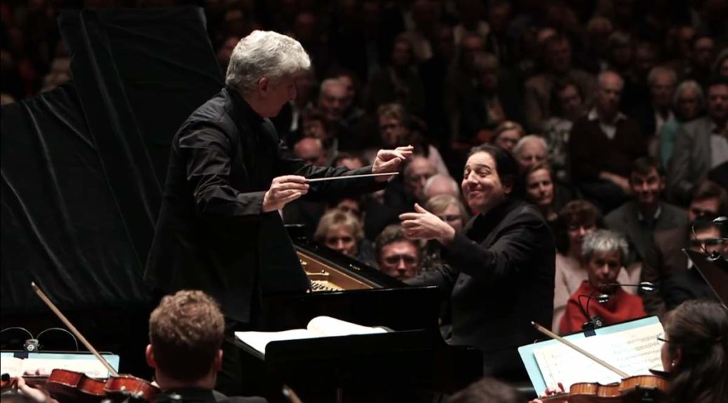 Fazil Say and hr-Sinfonieorchester in concert